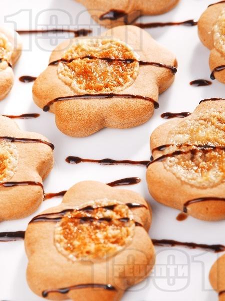 Домашни шоколадови сладки с топинг - снимка на рецептата